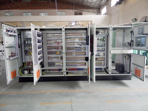 东鹏陶瓷厂生产车间控制柜2